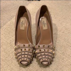 Valentino nude Rockstud heels